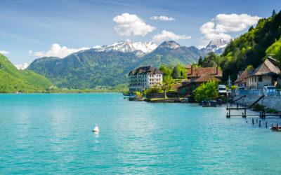Visiter Annecy et son lac sans voiture