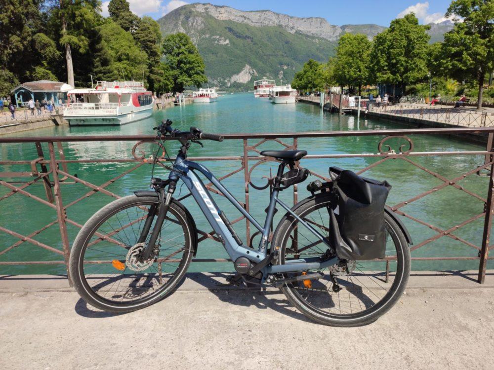 Quel type de vélo choisir pour votre parcours autour du lac d'Annecy ?